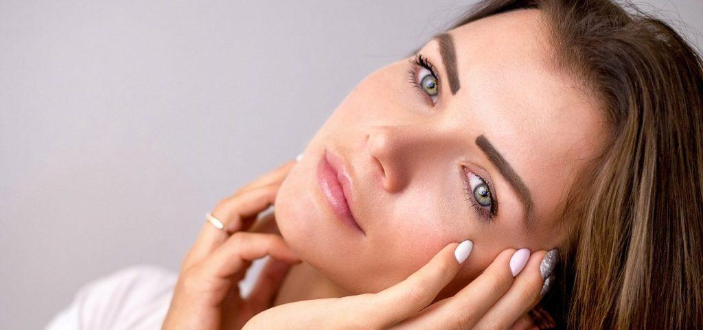 Eyebrow lip face services