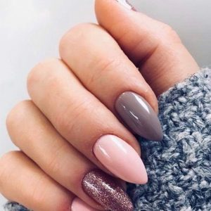 pointed nail with different colours 140219